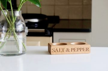 oak-salt-and-pepper-bowl