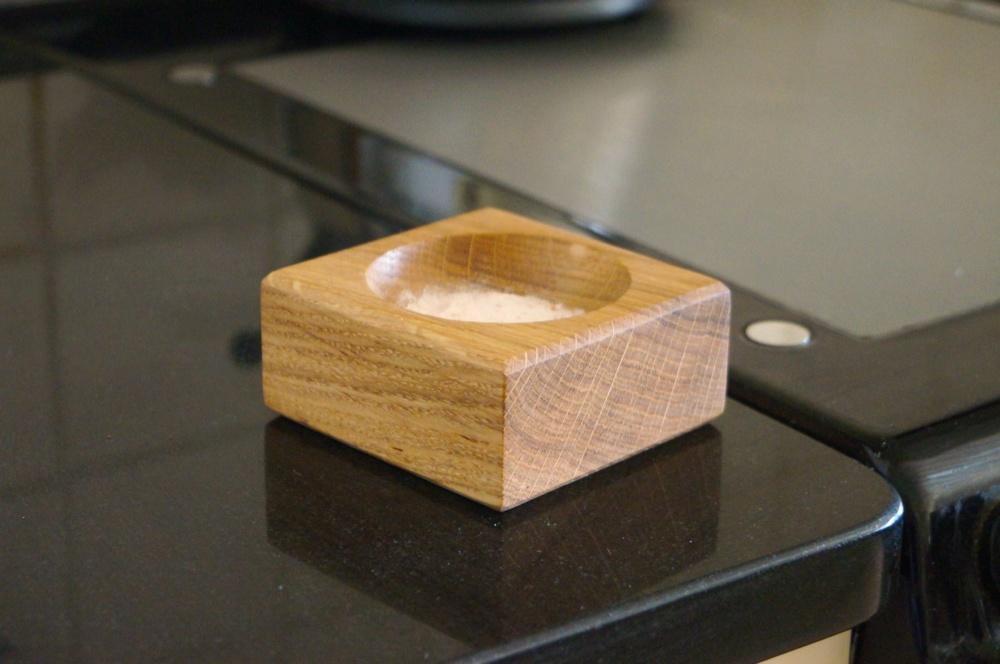 oak-salt-bowl-makemesomethingspecial.co.uk