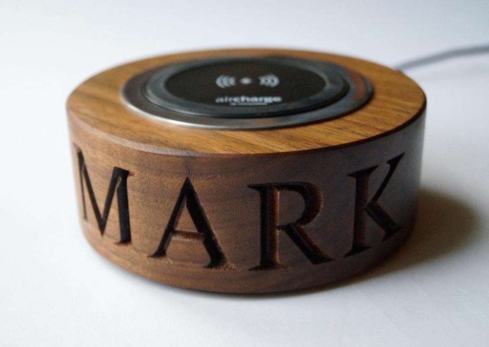 walnut-wireless-phone-charger-makemesomethingspecial.co.uk