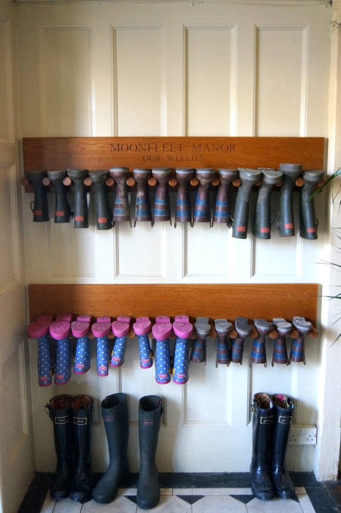 Luxury Family Hotel Engraved Welly Boot Holders Mmss