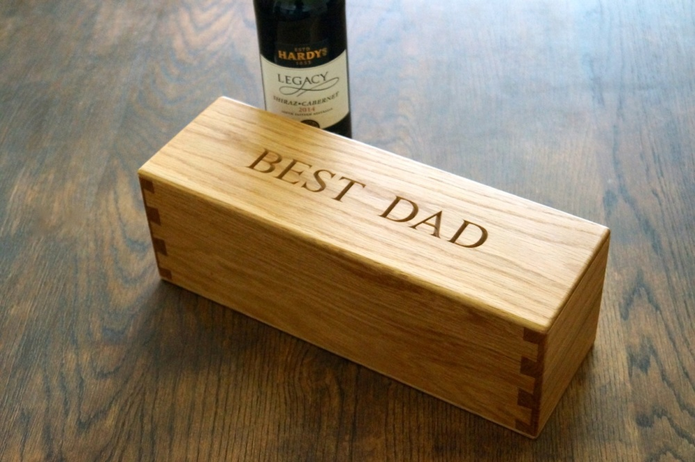 Personalised Wooden Wine Box Makemesomethingspecial Com
