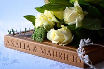 personalised-engraved-solid-oak-wedding-cake-board-makemesomethingspecial.com