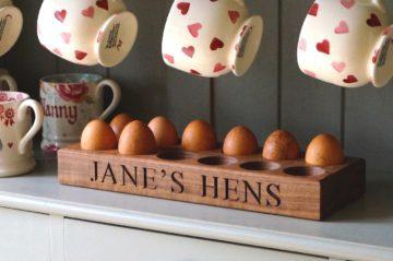 wooden-egg-trays-makemesomethingspecial-com-1