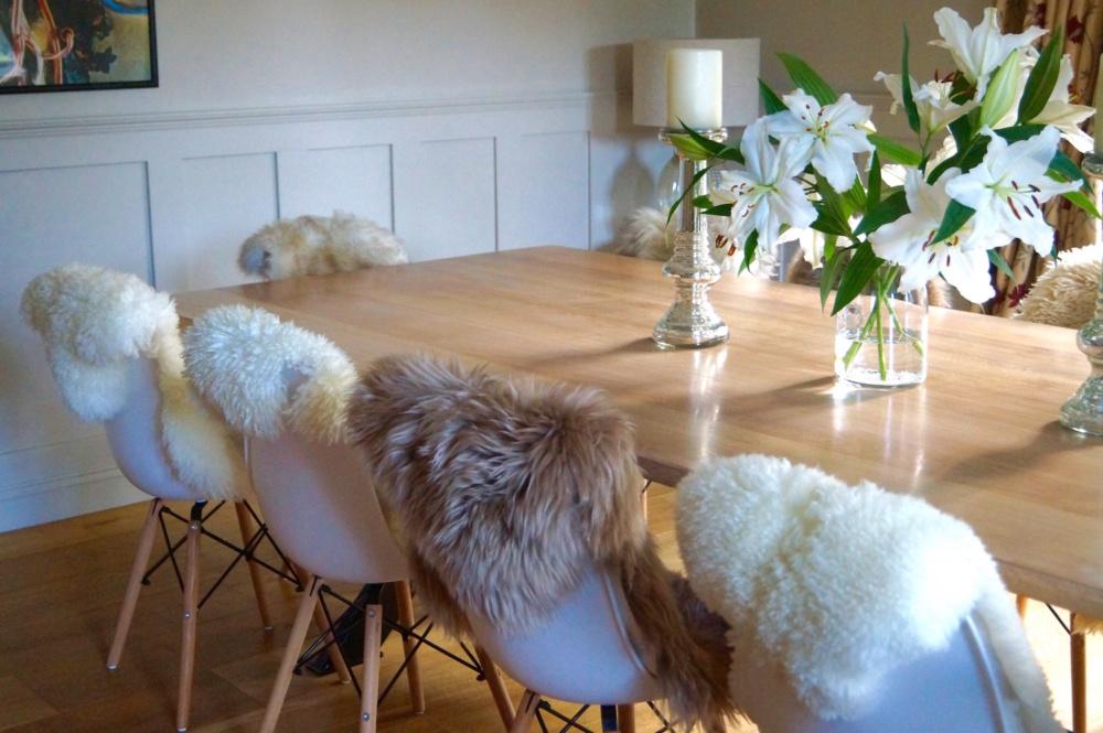 bespoke-wooden-dinning-tables-uk-makemesomethingspecial.com