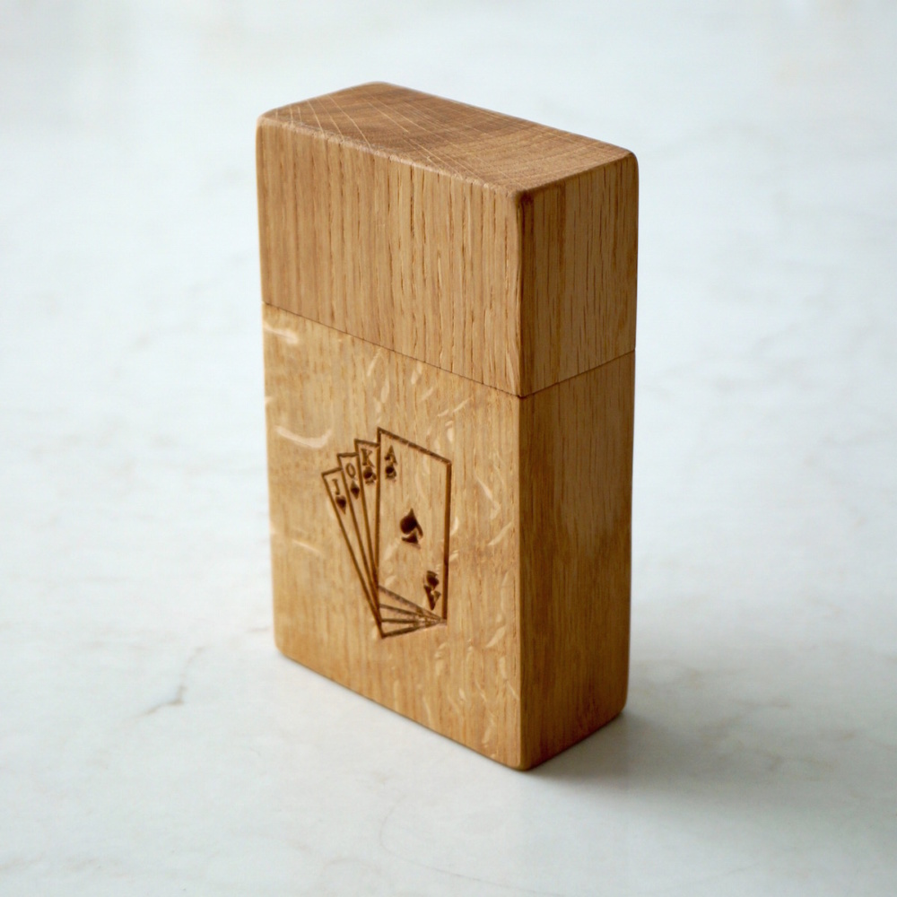 engraved-wooden-playing-card-box-makemesomethingspecial.com